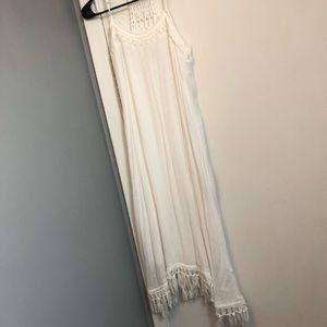 WHITE BOHO MAXI/MIDI DRESS